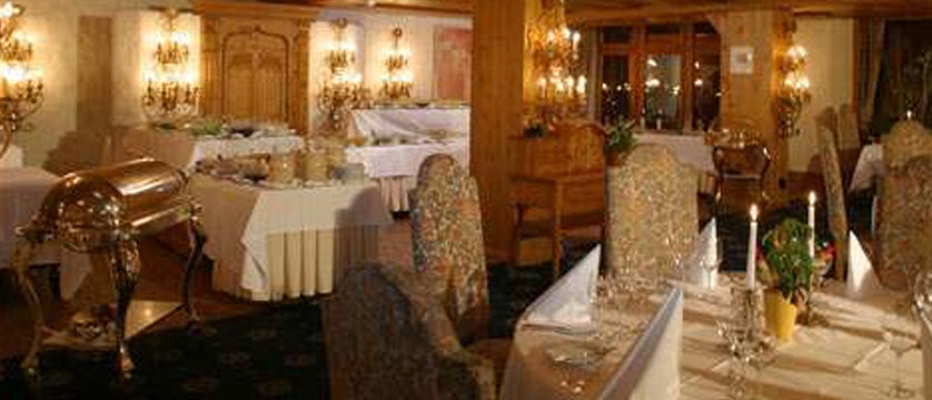 Hotel Ferienart Resort & Spa, Saas-Fee, Switzerland - Caesar Ritz restaurant.jpg